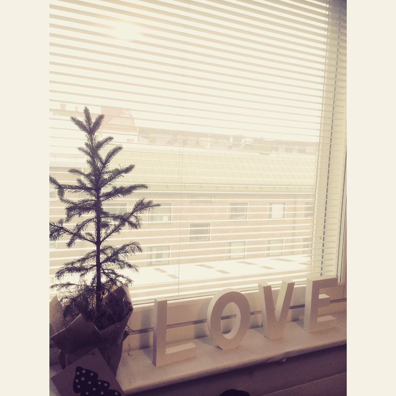 Aamulla satoi lunta ja päivän sain viettää rakkaiden ystävien kanssa. #love