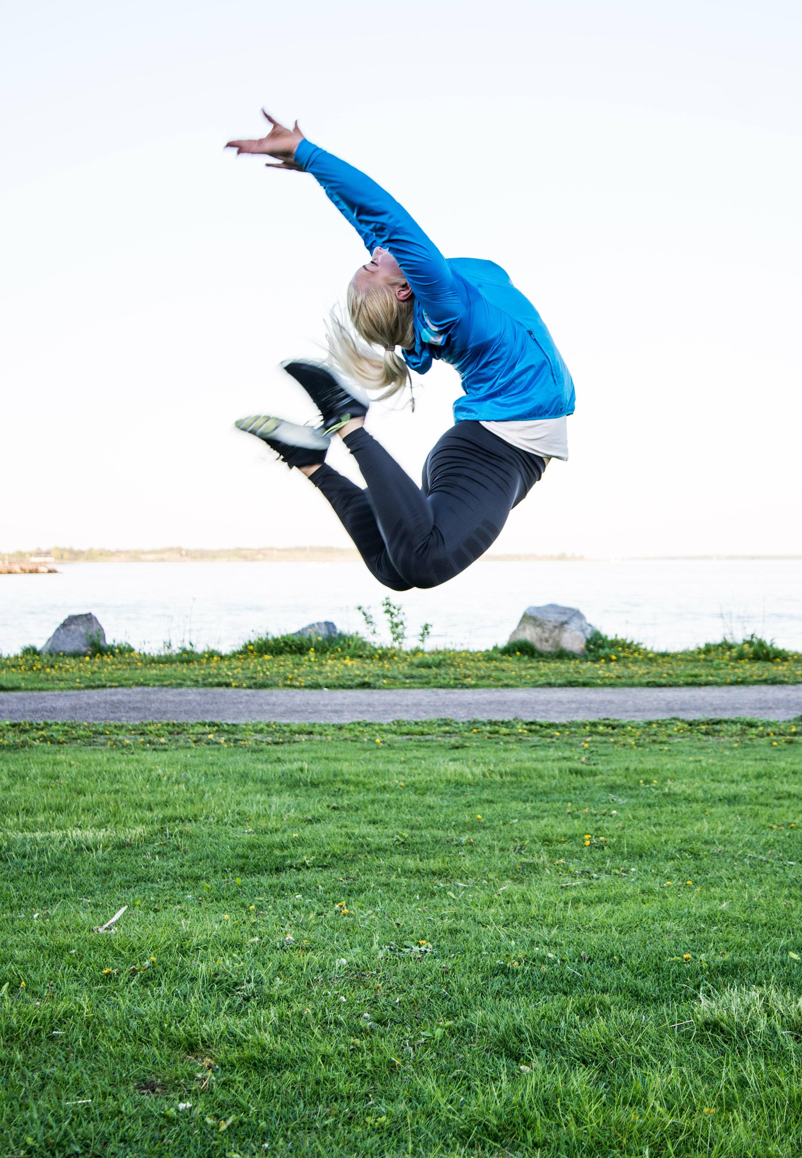 eevsku-jump-eveliinatistelgren